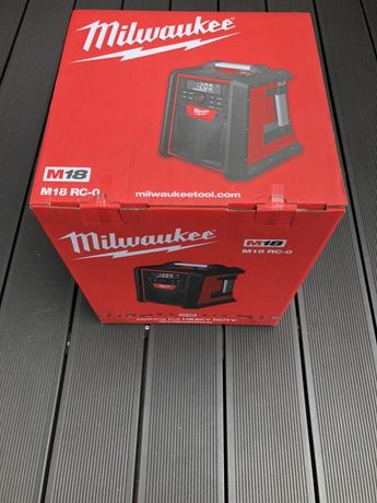 Milwaukee M18RC-0 radio/ladowarka