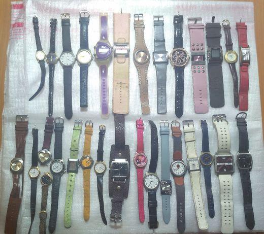 Наручные женские часы на запчасти или в коллекцию