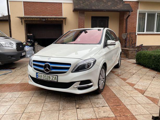 Mercedes-Benz B 250 Electric Drive 2016