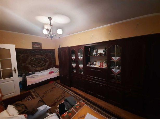 ТЕРМІНОВО ПРОДАМ  1-ну квартиру в м.Червоноград