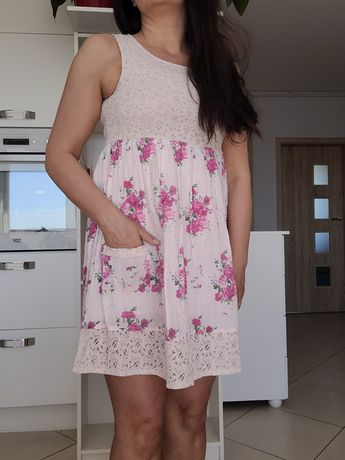 Sukienka koronka, kwiaty, róże, S
