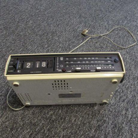 Radio budzik Grundig