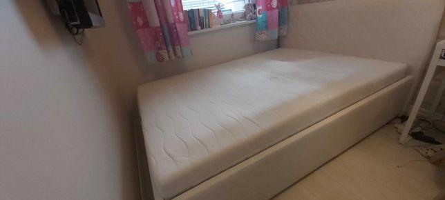 Łóżko sypialniane białe
