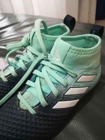 Buty piłkarskie turfy Adidas 28