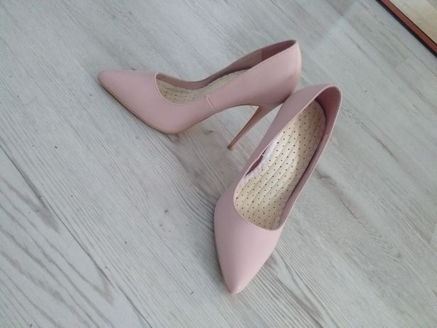 Nowe buty szpilki Deezee r. 35