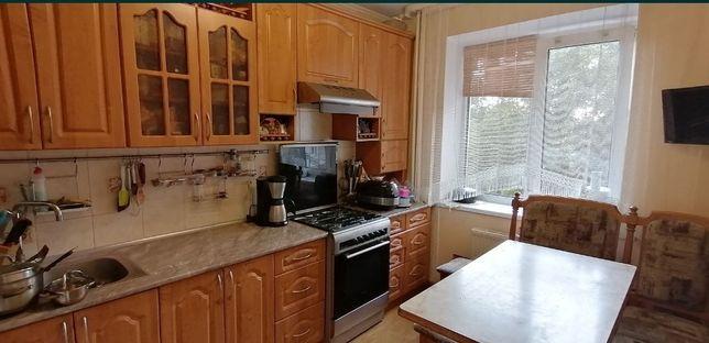 Продаж 4 кімнатної квартири в Центрі міста S