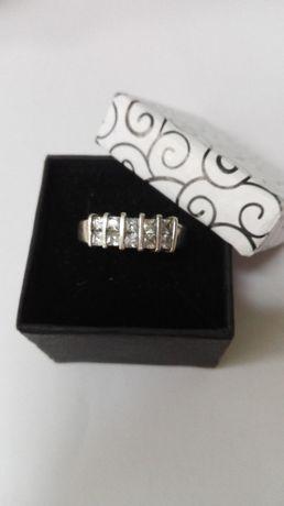 Srebrny pierścionek rozmiar 19 [925]