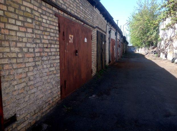 Гараж кирпичный трехуровневый, Святошино, Киев