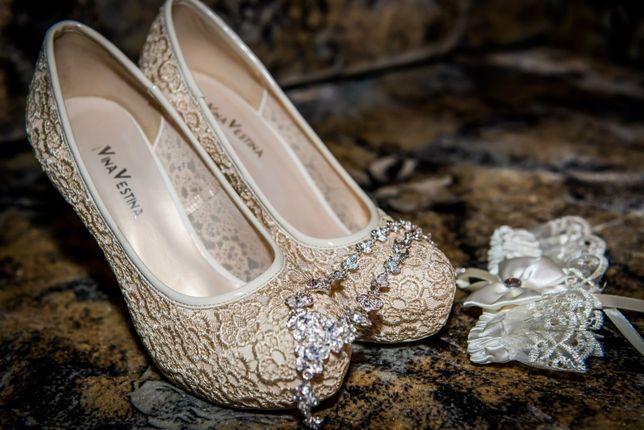 Свадебные туфли ,высота каблука 12 см ,39 размер