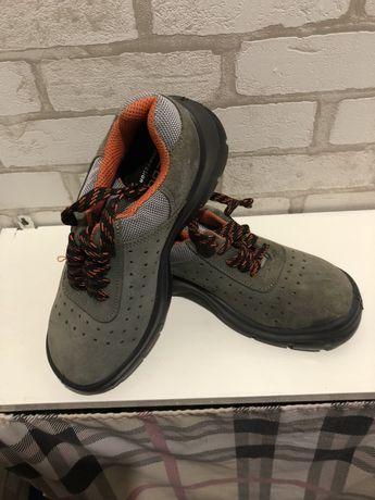 Bacou Ботинки спец обувь. Спець взуття.