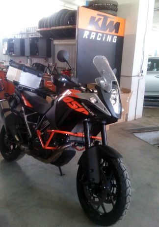 Продам мотоцикл KTM Adventure 1050