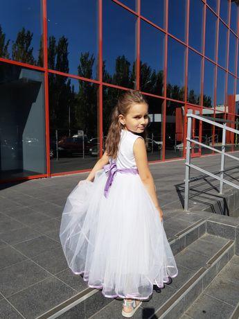 Платье пышное на праздник, выпускной, утренник, свадьбу.