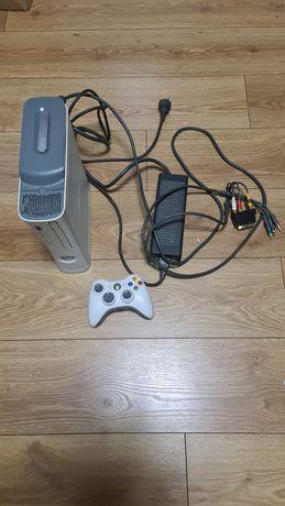 Konsola xbox  360 xbox360 sprawna z padem i HDD 500gb