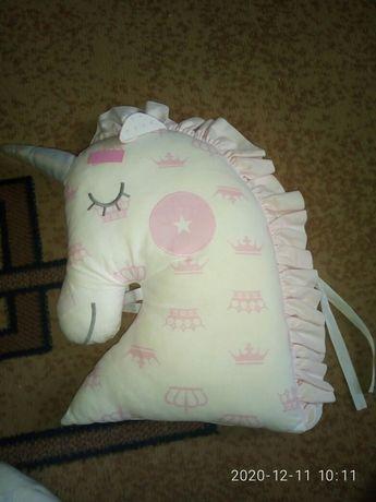 Продам подушки бортики в кроватку
