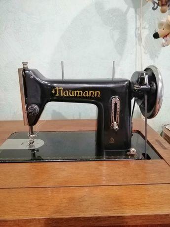 Продам швейную машину Nauman