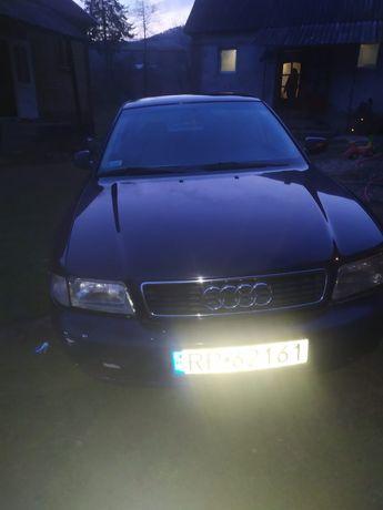 Продаю машину   Audi A4,1996року