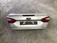 Ford Focus sedan 2011 klapa tyl