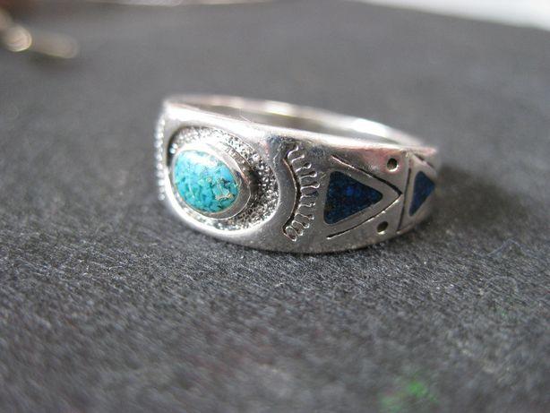 Stary orientalny pierścionek Atlanty kamienie srebro