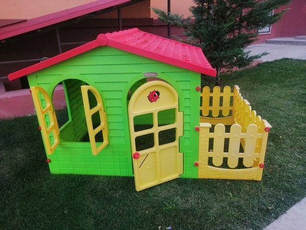 Детский домик с террасой , пластмассовый