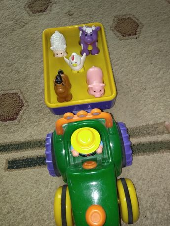 Traktor Discovery dumel