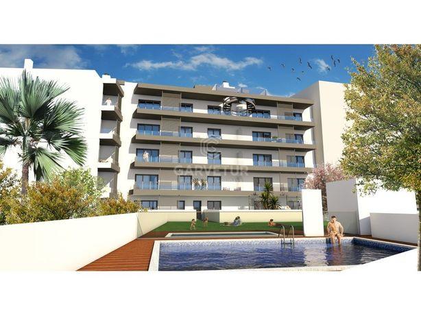 Apartamento T3 penthouse em condomínio com piscina, Olhão...