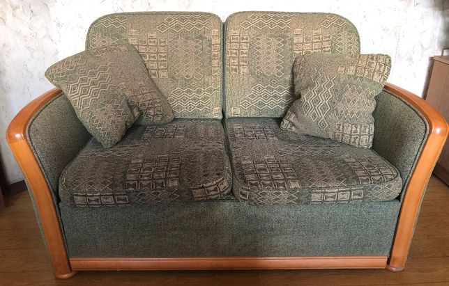 Zestaw wypoczynkowy kanapa z funkcją spania + 2 fotele + 2 poduszki
