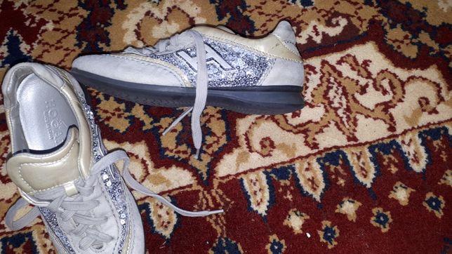 Кросівки шкіряні 28 розмір