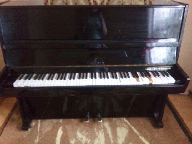 Продається фортепіано