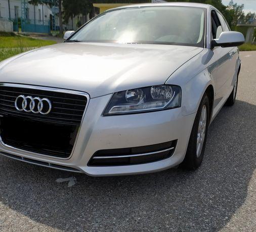 Audi A-3 sportbak