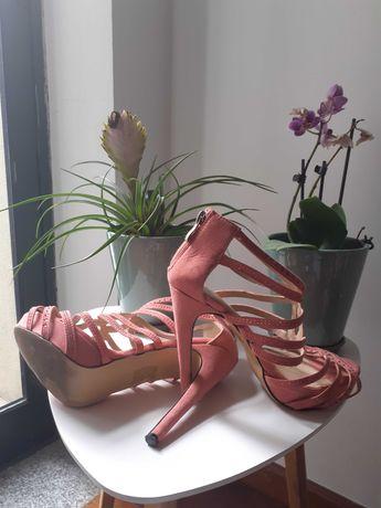 Sandalias cor-de-rosa 37
