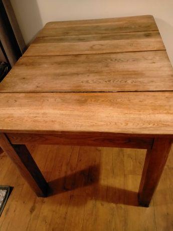 Antyk - Stół dębowy 130,5 cm x 94 cm do renowacji