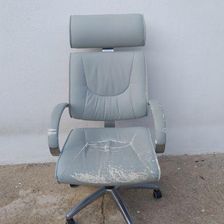 Braço de cadeira em Albufeira