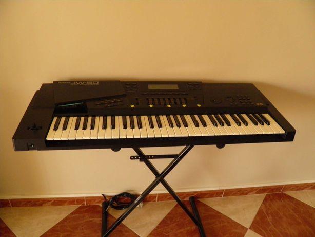 Sintetizador Roland JW-50 Music Work Station