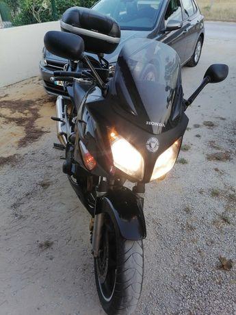 Vendo Honda CBF 600 SA