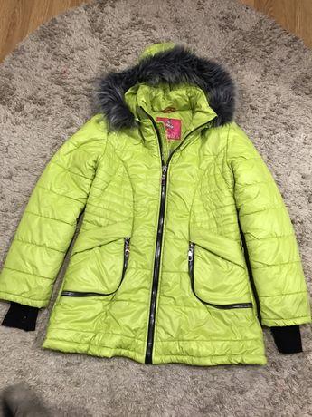 Куртка зимова на дівчинку курточка