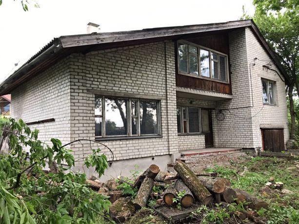 Продам 2х этажный дом в центре Святогорска