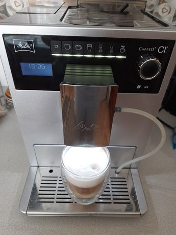 Кавоварка кофемашина Melitta Caffèo CI