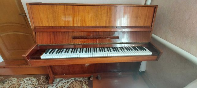 Фортепіано Україна
