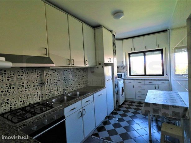 Apartamento T3 Duplex - Esgueira