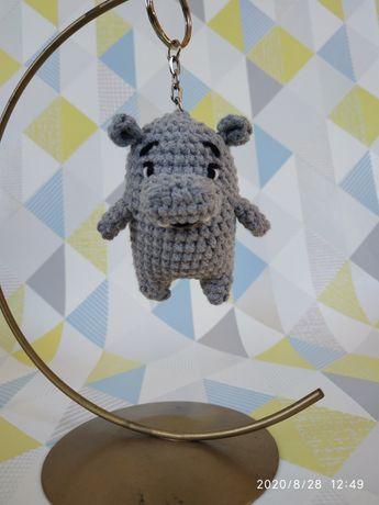 Breloczek ręcznie robiony hipopotam, prezent dla niej i dla niego