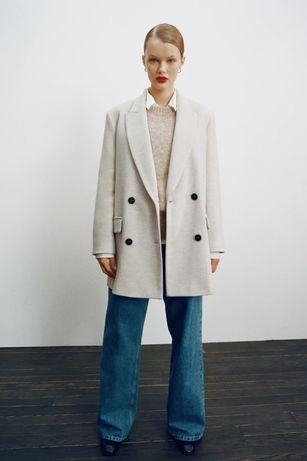 Двубортное пальто ZARA