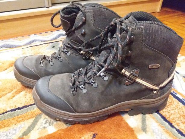 Зимние ботинки everest