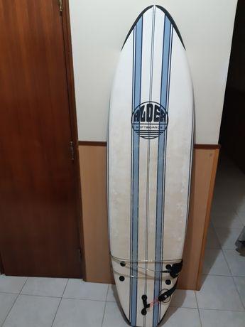 Prancha de surf . 110€