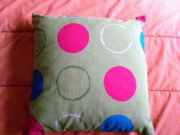 Almofada decorativa com dois lados