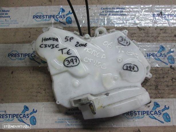 Fecho 72651SMGE0 HONDA / CIVIC / 2006 / TE / 5P / ELETRICO /