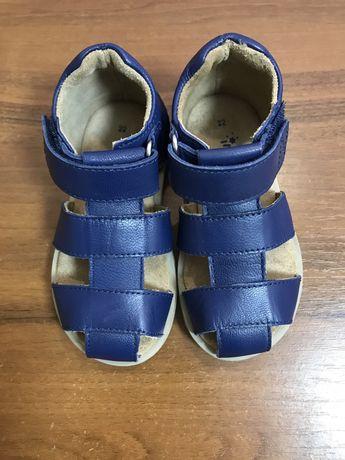Босоножки , сандали для мальчика Impidimpi 22(14см)