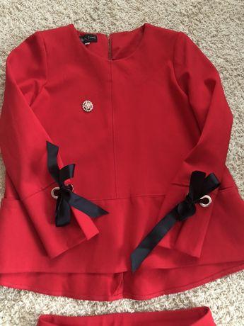 Elegancka czerwona bluzka