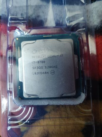 Процессор Intel Core i7-8700