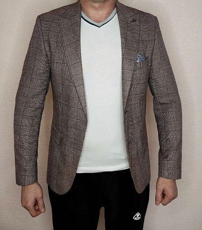 Чоловічий піджак. Стильний піджак
