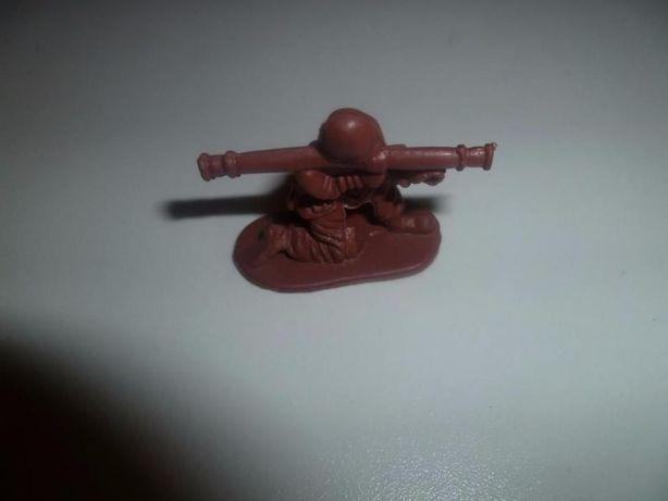 Детская игрушка солдатик
